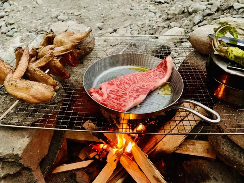 キャンプ料理の楽しみ